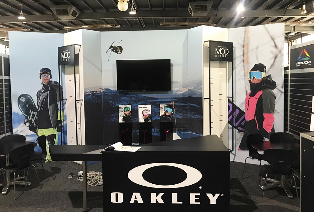 The Flexalite crew working on setting up the Oakley display for a trade show