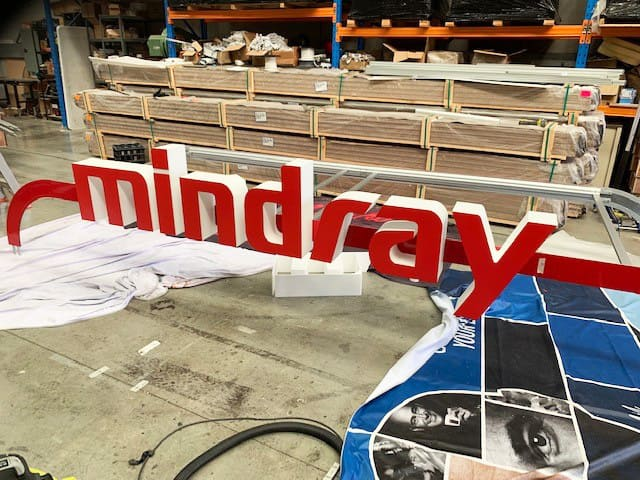 Mindray 3D lettering in the process of building