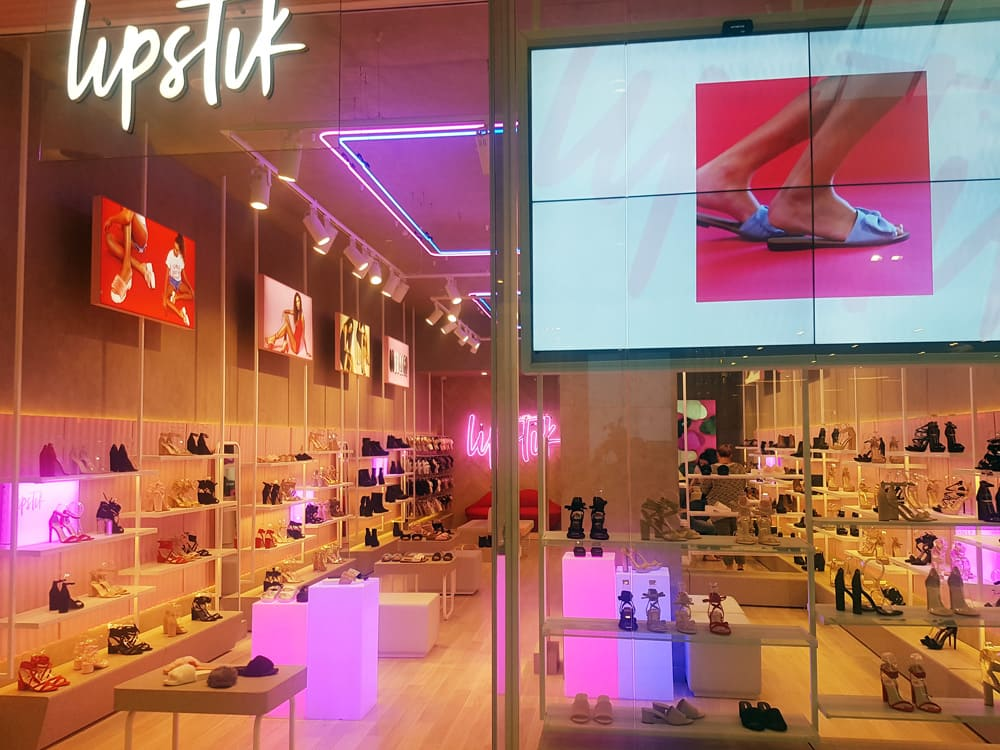 Lipstik shop LED fit-out. Includes 3D Lettering and Illuminated Frames